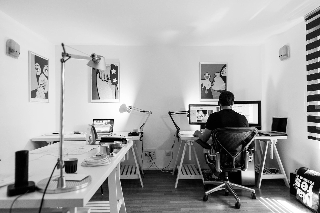 Büromöbel abschließbar